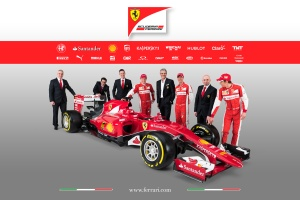 Ferrari_SF15-T_team_smile
